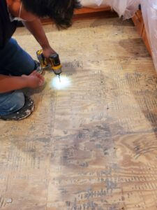 Pining floor for tile